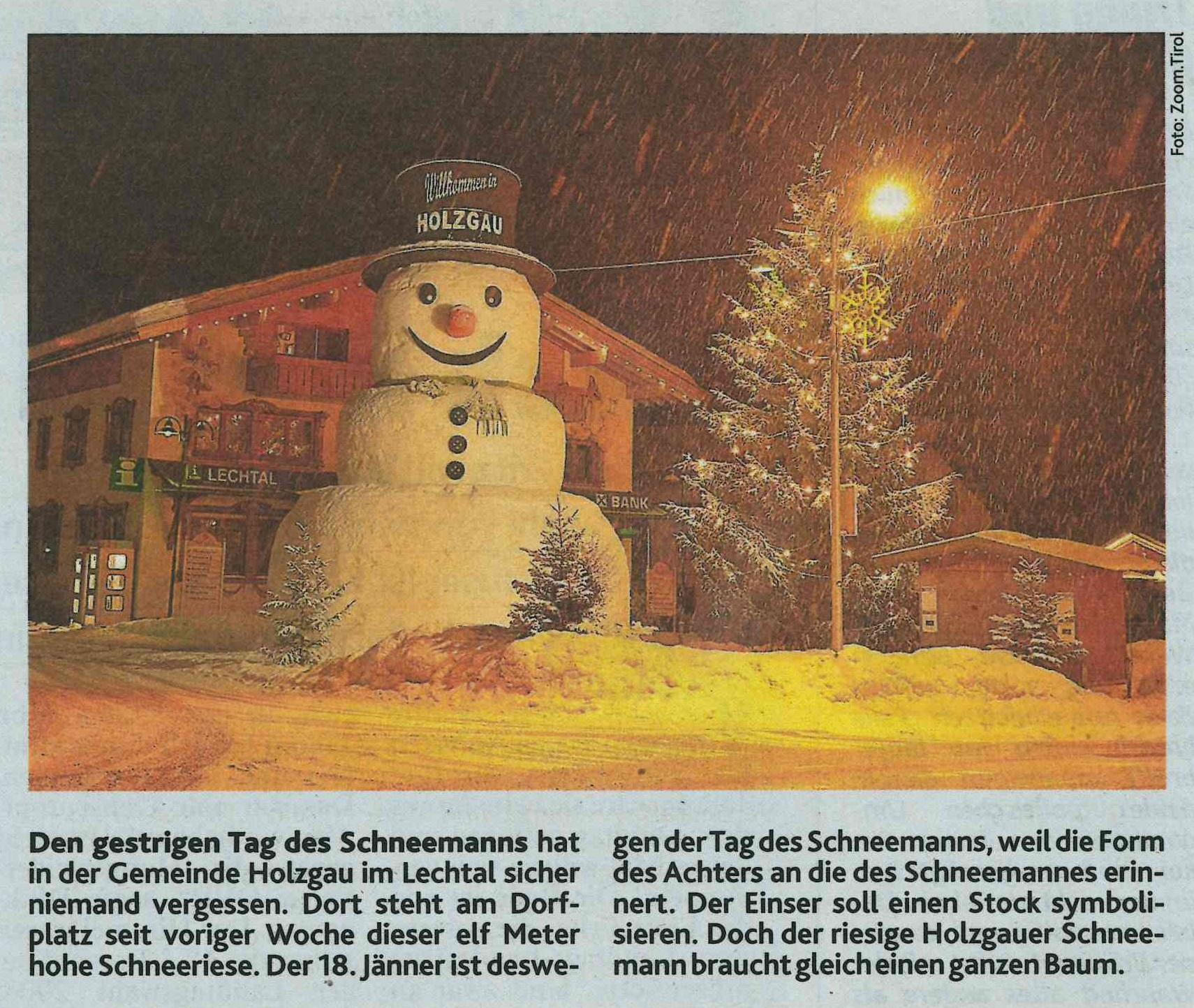 Schneemann in Holzgau.
