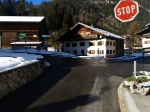 Straßenkreuzung Vorderhornbach-Hinterhornbach