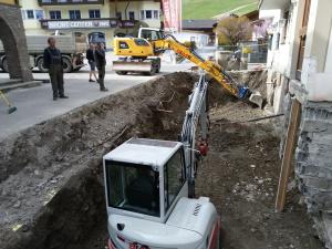 Aushubarbeit Dorfstube Holzgau