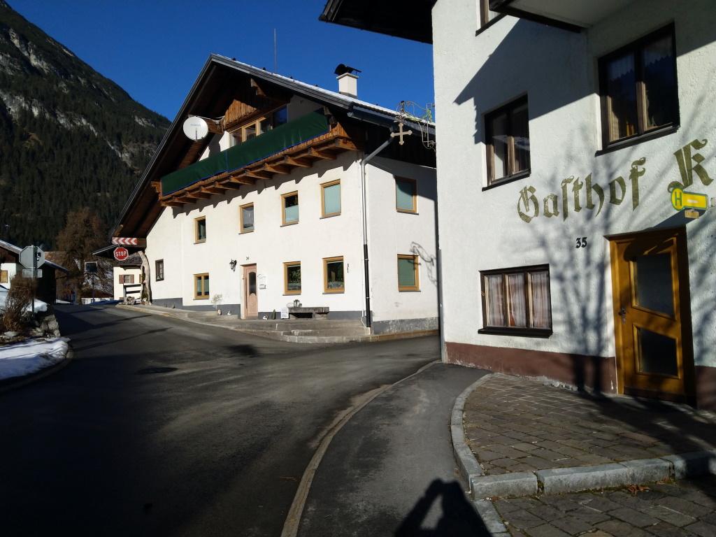 Haltestelle Gasthof Kreuz Vorderhornbach.