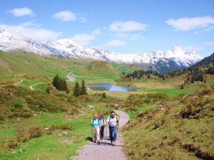 Hochgebirgs-Walking. Aktiv und fit für den Sommer.