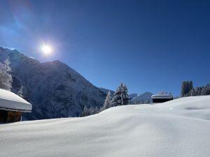 Unverspurte Schneelandschaft in Holzgau.