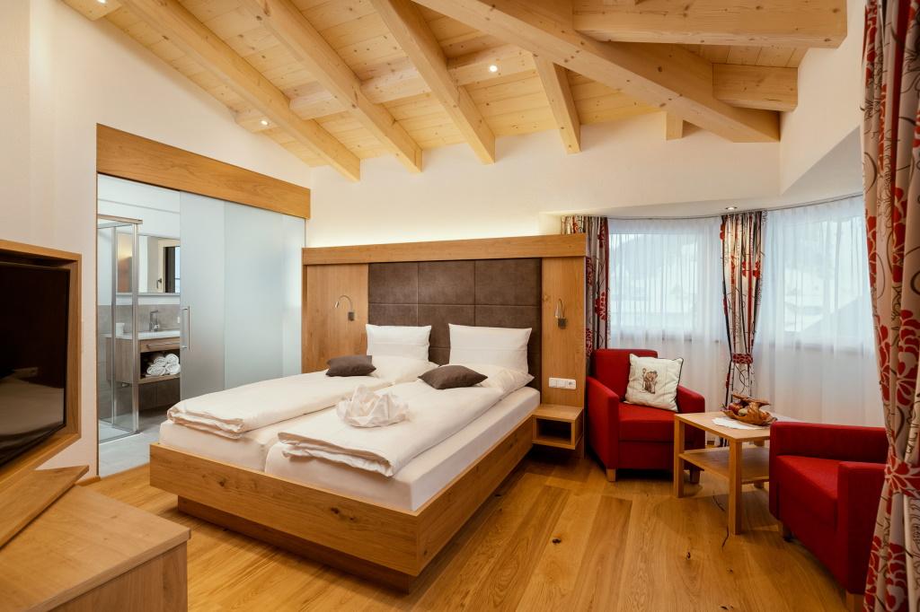 Doppelbettzimmer Turmerker Gäste-Pension Dorfstube.